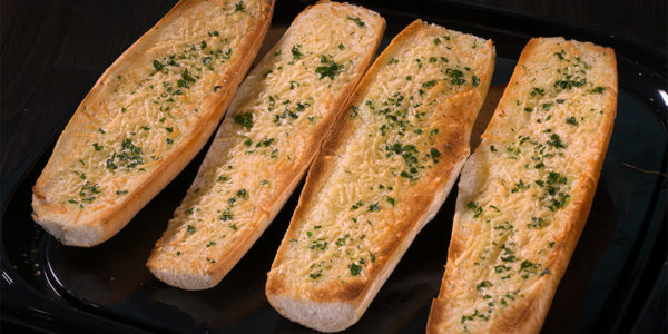 Garlic bread to order from Lola's sandwiches in Tyler Texas